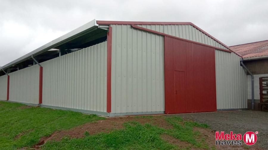 Entrepôt agricole préfabriqué